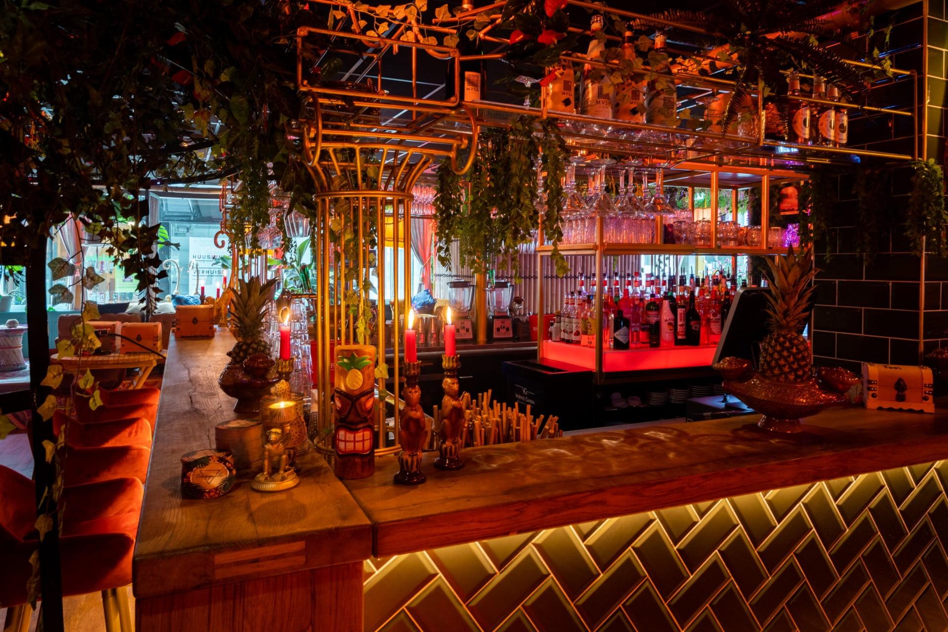Foto van de bar
